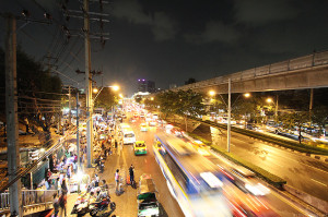 bangkok-city-night-traffic