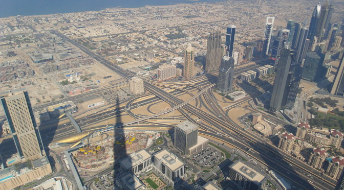 Dubai – Burj Khalifa und Bonzistan