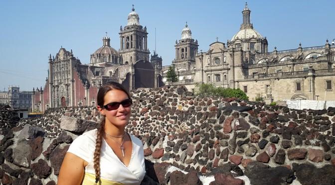 Mexico City – Pompöse Prachtpaläste, potente Polizeipräsenz und politische Pueblos 400