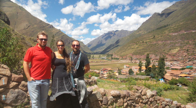 Picaz – In Peru, in Peru in den Anden, fliegen Ben,Steph und Ju, wollen landen…